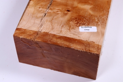 Quilted Maple plain 400x125x65mm - Ahorn0172